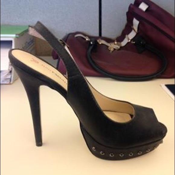 JustFab Shoes - Size 8 sling back black heels